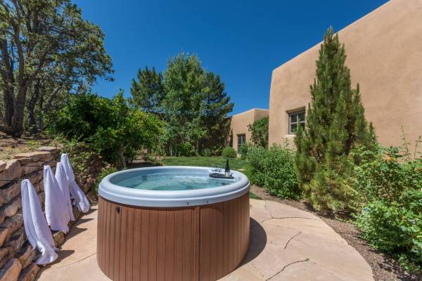Santa Fe rentals with private hot tub